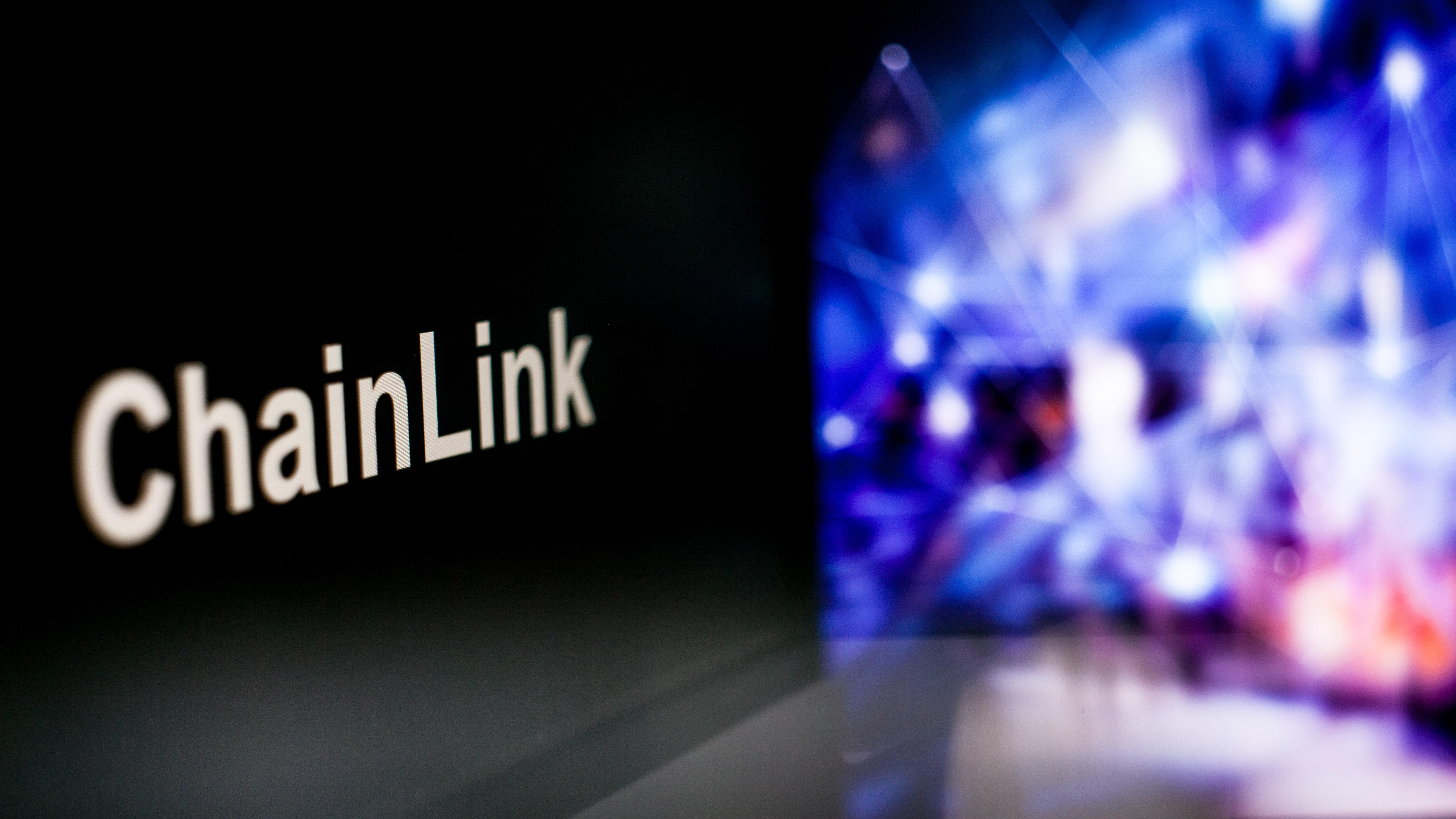 Chainlink vs Polkadot