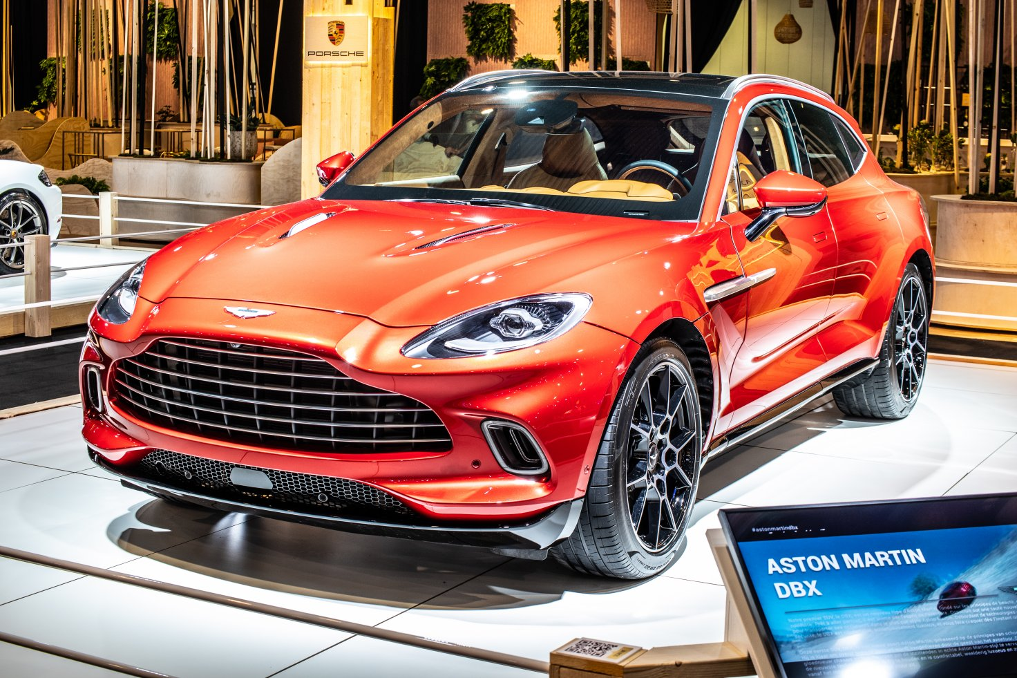 Aston Martin Plans To Cut Up To 500 Jobs Currency Com