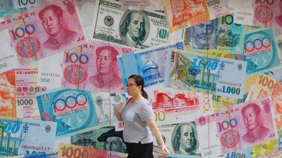 Куда инвестировать, когда курс доллара растет
