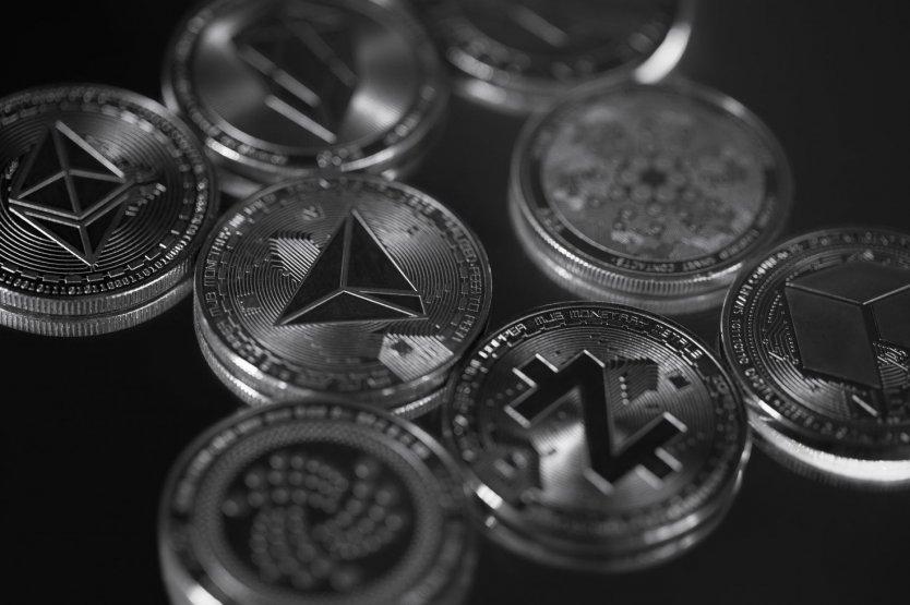 new cryptocurrencies to watch 2021 beste seite um den handel mit binären optionen zu erlernen