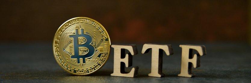 SEC перенесла рассмотрение заявок на биткоин-ETF от четырех компаний