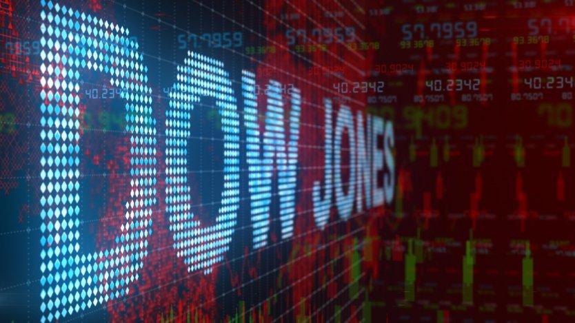 Dow Jones и S&P 500 закрылись падением на фоне роста числа заболевших в США